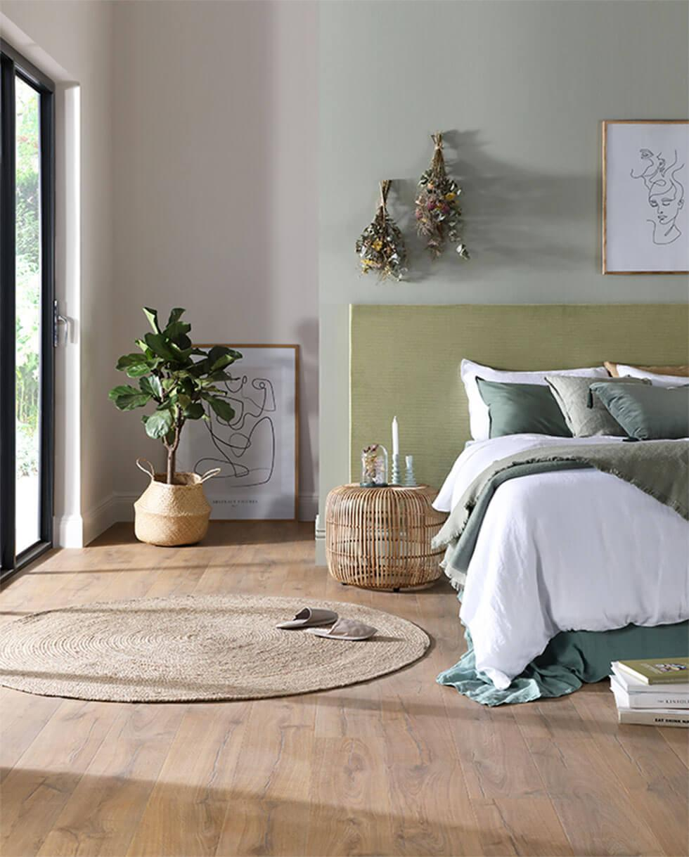Green bedroom eco-friendly accessories and decorations