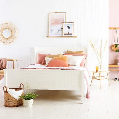 5 sweet ways to use summery pastels for a holiday feeling at home