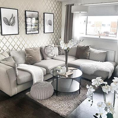Homes We Love: How feature walls dress up this chic neutral home in Scotland