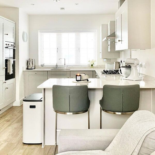 Homes We Love: Elegant in neutrals