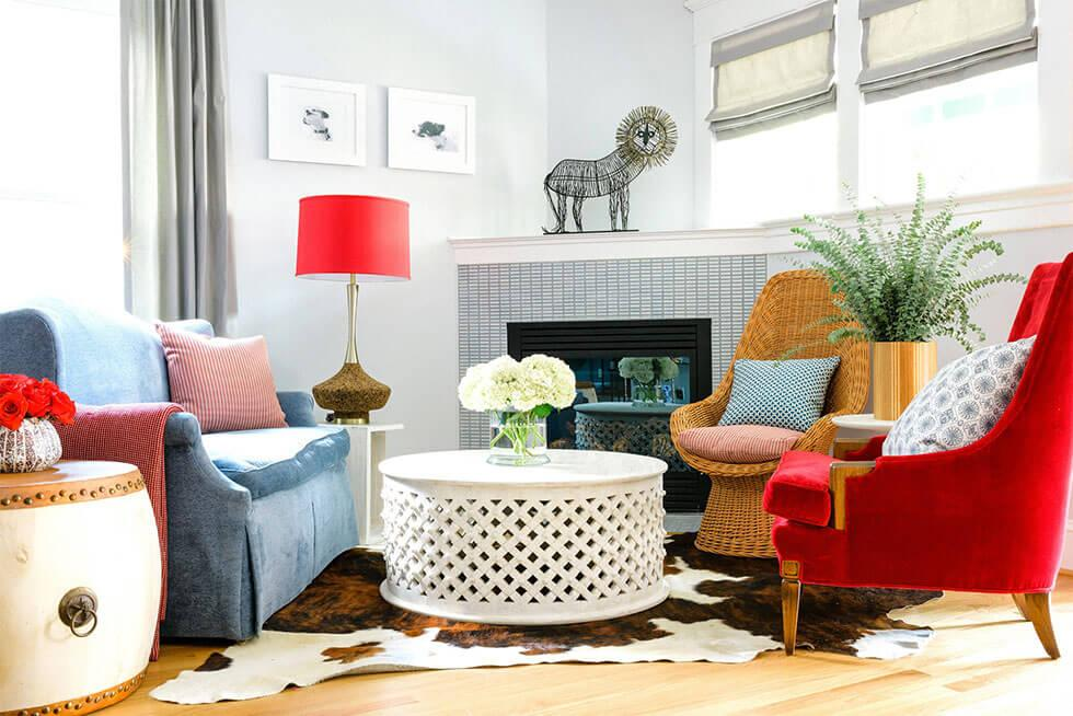 Mismatched furniture in a modern living room similar to monica's apartment in friends