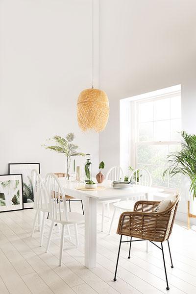Aspen white extending dining table